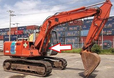 Стекло правое кузовное возле стрелы нижнее  Экскаватор гусеничный Hitachi EX100,120,200,300-3 серия, 5 серия