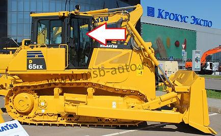 Стекло дверное правое бульдозер Komatsu D65EX
