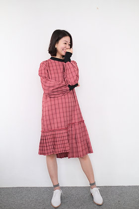 #23685 miss red check onepiece