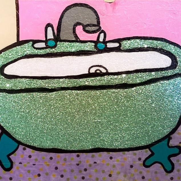 Sage Glitter Tub with Powder Pink Wall