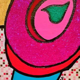 Fuchsia Glitter Toi on Red Pepper Tile