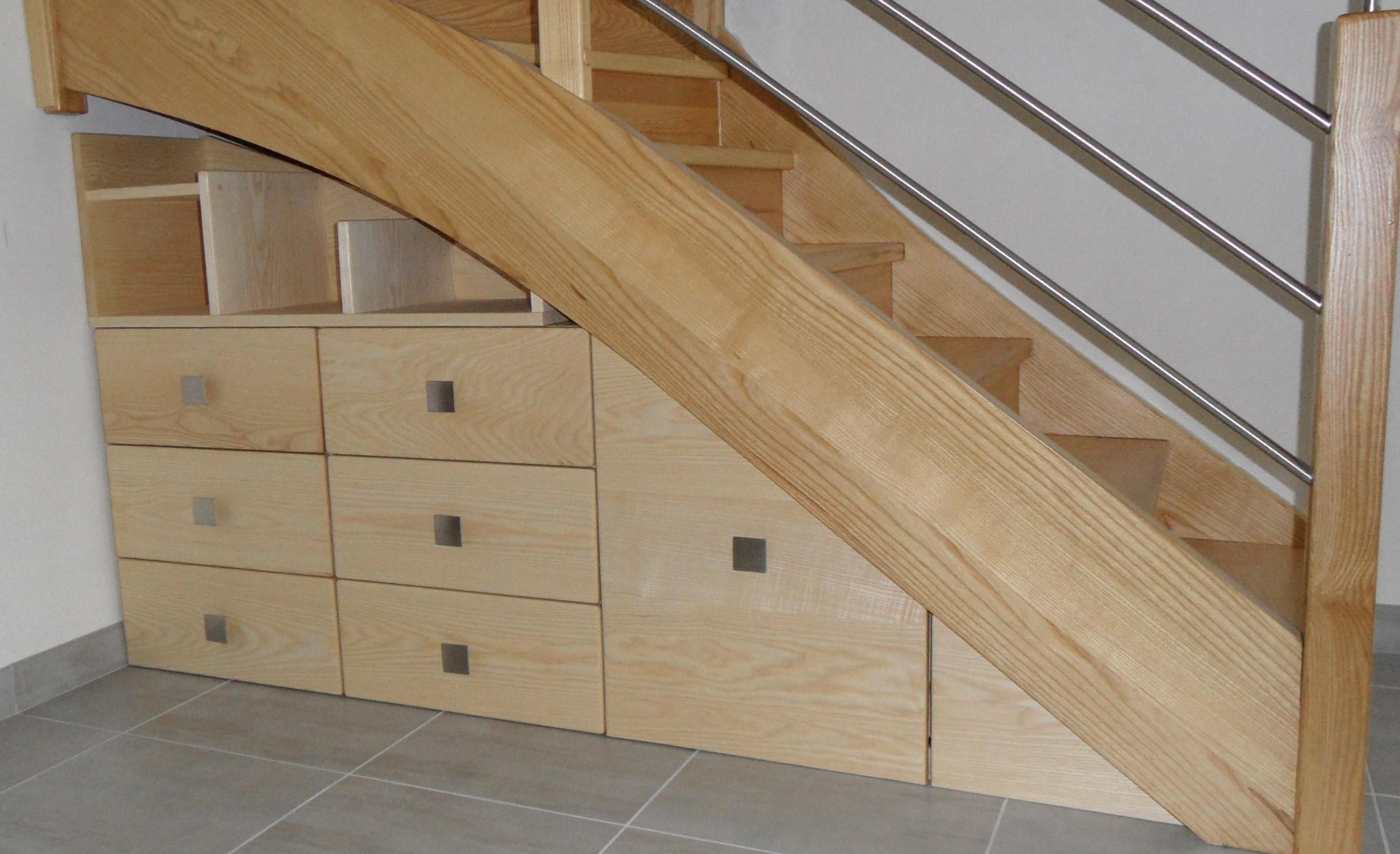 arborethique meuble bois massif bio rennes bretagne meuble bois dessous d 39 escalier. Black Bedroom Furniture Sets. Home Design Ideas