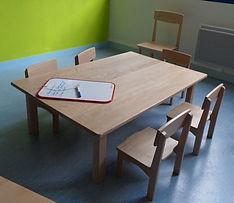 Mobilier crèche - Aménagement - Table et chaises