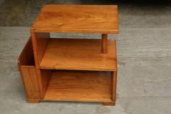 old-side-table_GJxpKywd.jpg
