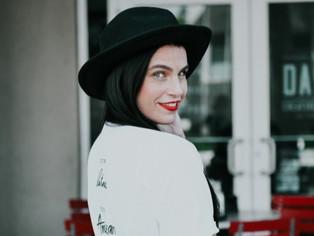 Annie: The Fashion Poet