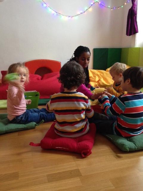 Marta con ninos