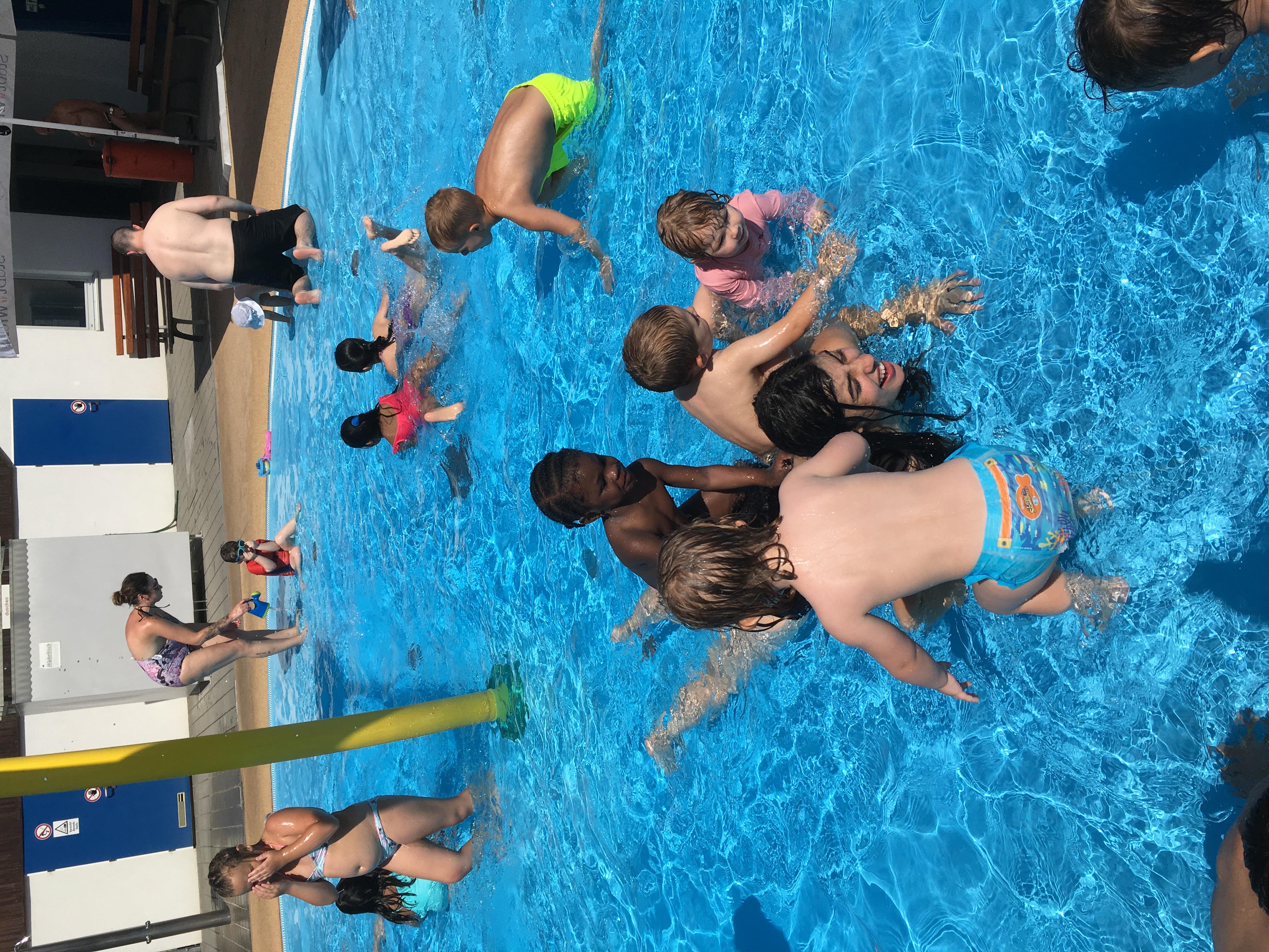 La Rueda 22 excursión piscina