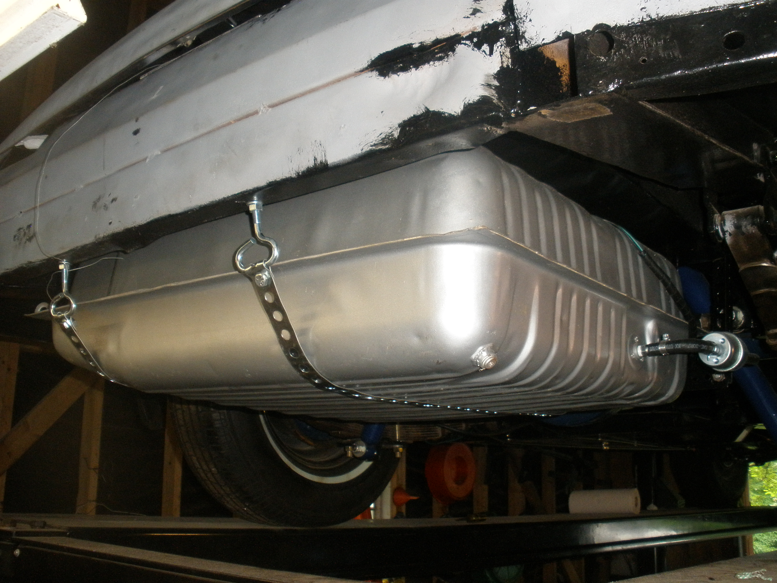 slide 9 fuel tank installed