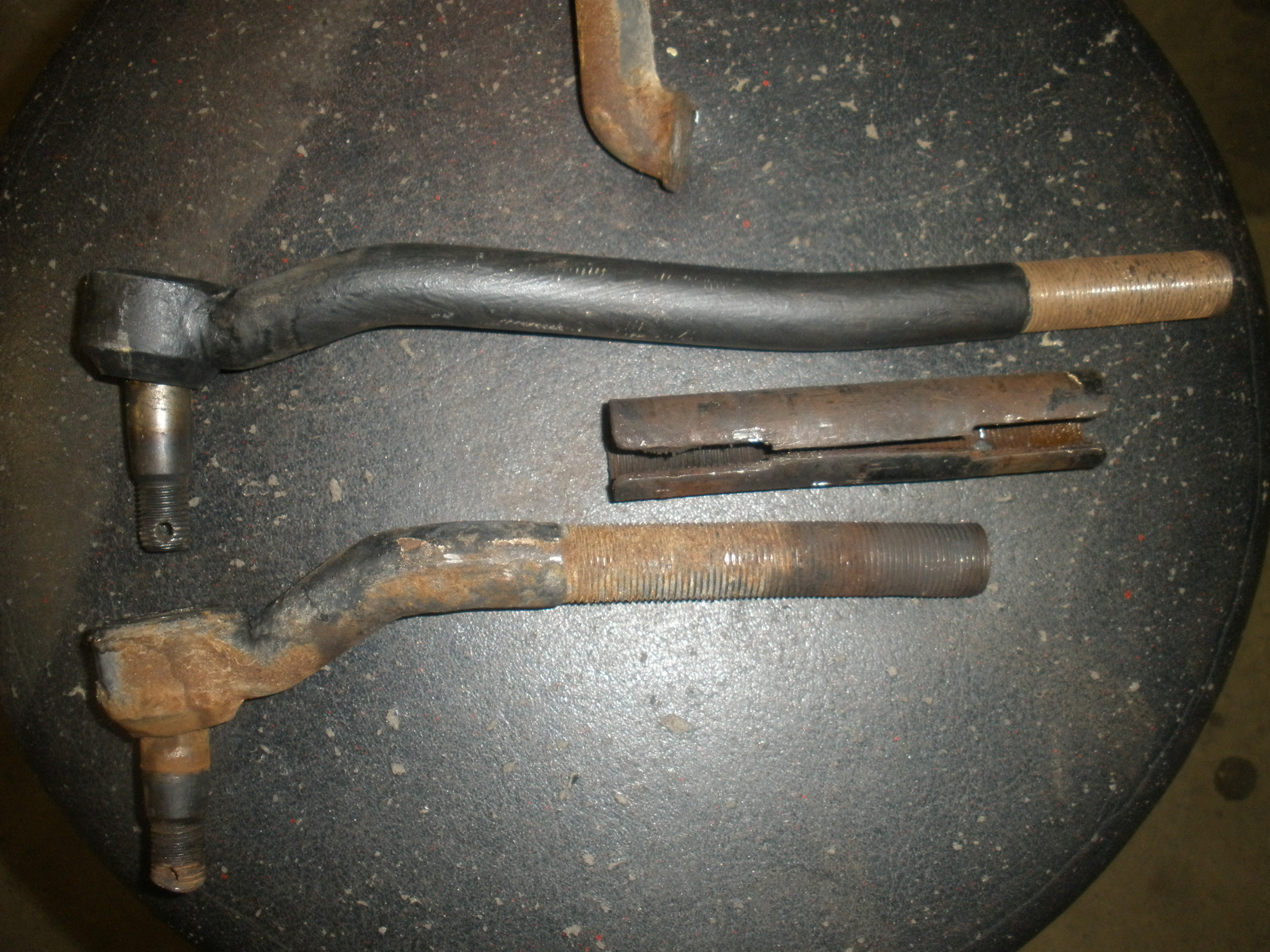 slide 2 tie rod comparison