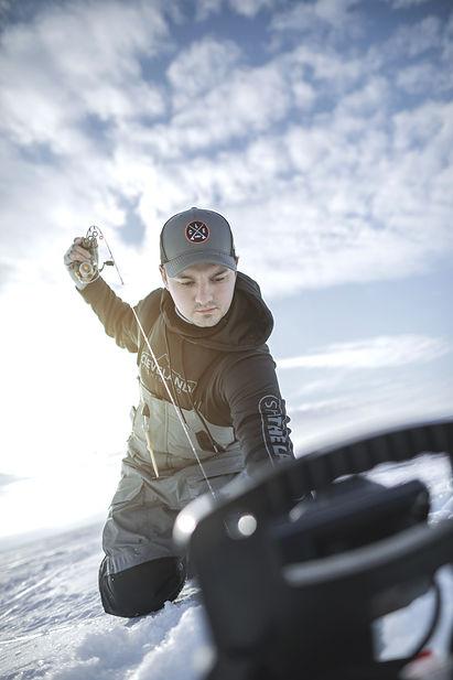 Ice-Fishing-2.jpg