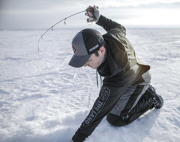 Ice-Fishing-5.jpg