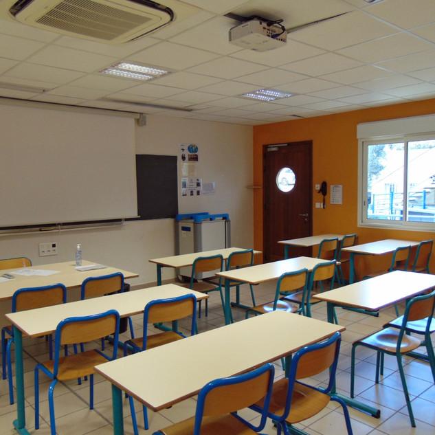Salle de classe du Collège