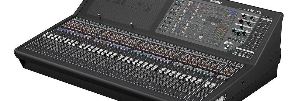 Yamaha QL5 Digital mikser