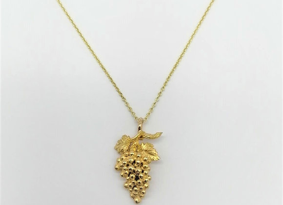 18ct French Grapes Pendant