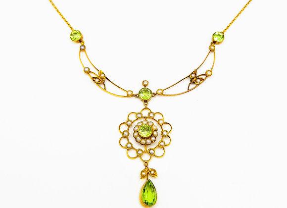 Edwardian 15ct Pearl & Peridot Necklace