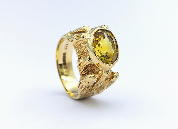 9ct Oval Citrine Rub Around Textured Ring