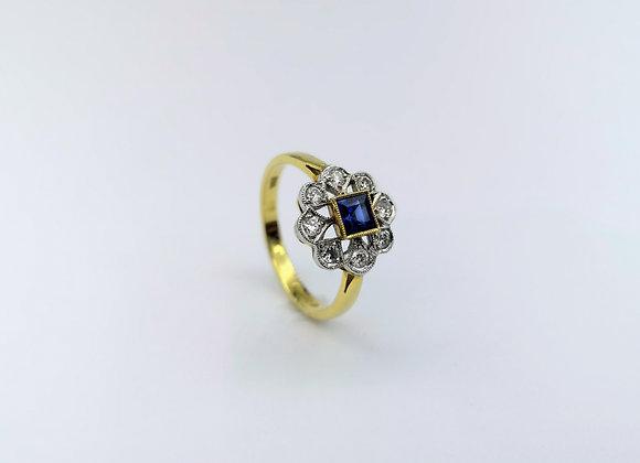 18ct Square Blue Sapphire & Diamond Cluster Ring