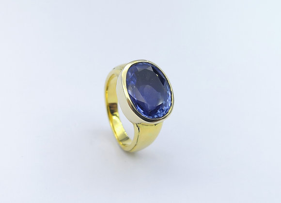 18ct Yellow Gold Oval Sapphire Ring