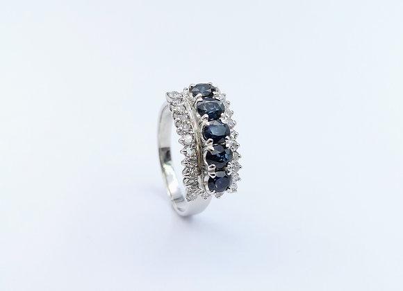 14ct Oval Sapphire & Diamond Ring