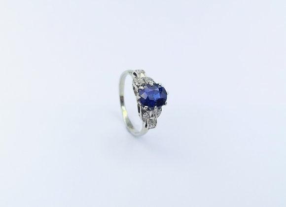 White Gold Oval Blue Sapphire & Diamond Ring
