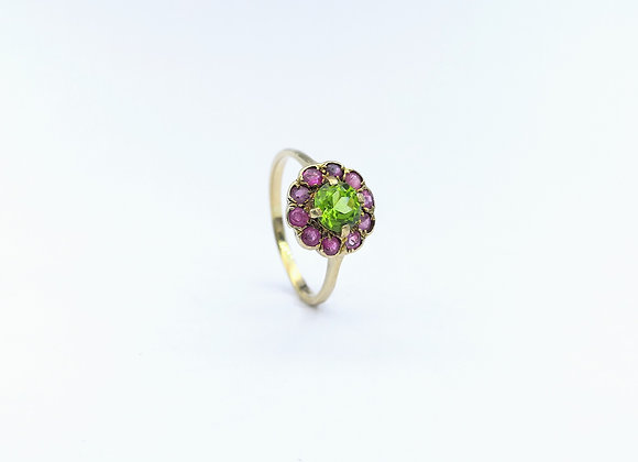 9ct Ruby & Peridot Cluster Ring