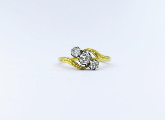 18ct 3 Stone Diamond Ring c1930