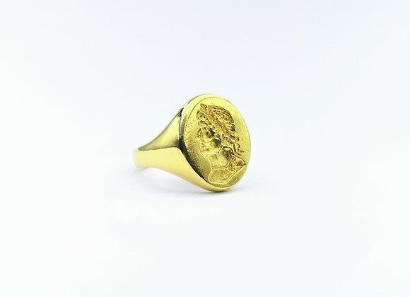 18ct Hadrian Engraved Signet Ring