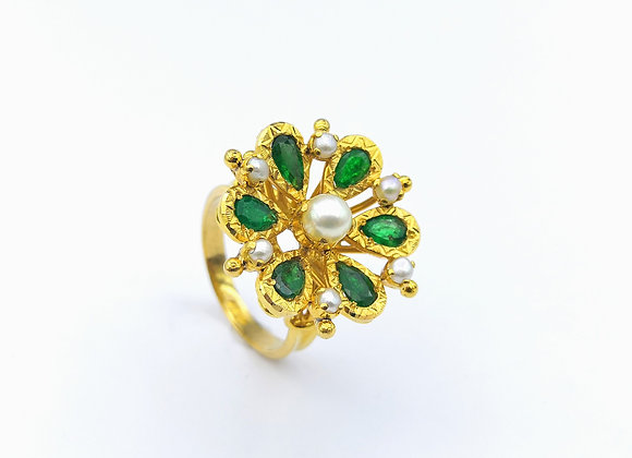 22ct Pear Shape Emerald & Pearl Ring