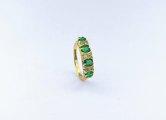 18ct Oval Emerald & Diamond 10 Stone Ring