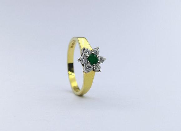 18ct Emerald & Diamond Flower Ring