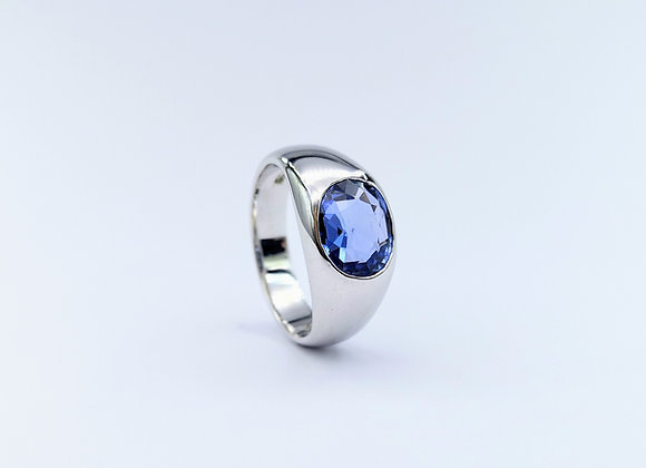 18ct Single Stone Oval Sapphire Gypsy Ring