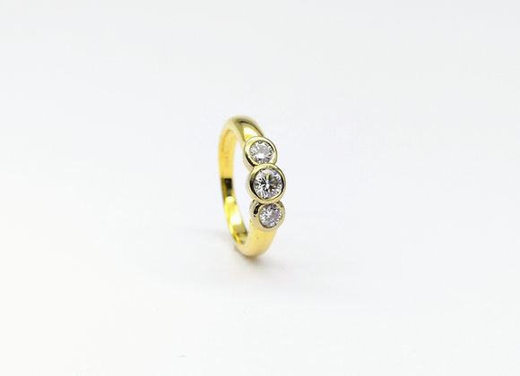 18ct Collet  Set 3 Stone Diamond Ring