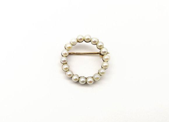 15ct Pearl Circular Brooch