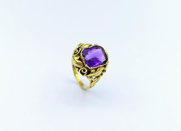 15ct Amethyst Ring with Scroll Shoulders 1905