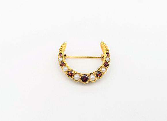 15ct Victorian Garnet Pearl Crescent Brooch