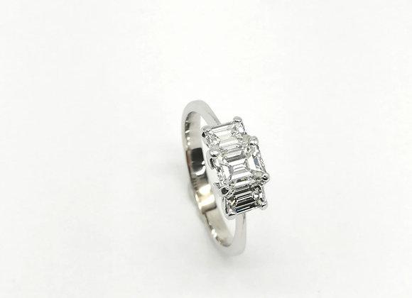 18ct Emerald Cut Diamond Ring