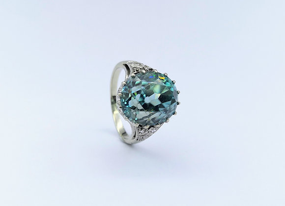18ct Blue Oval Zircon & Diamond Ring