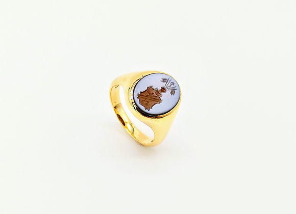 9ct Agate Crest Engraved Ring