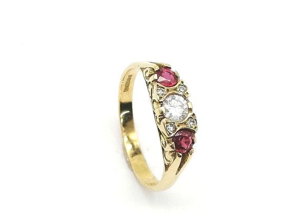 18ct Ruby & Diamond 7 Stone Ring