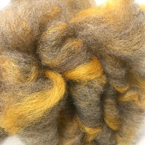 4 oz. Naturals Plus Gold Romney Roving - Hoof-To-Hanger