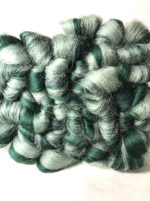 1 lb. Frosted Spruce Roving - Hoof-To-Hanger