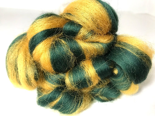 4 oz. On Golden Pine Roving - Hoof-To-Hanger