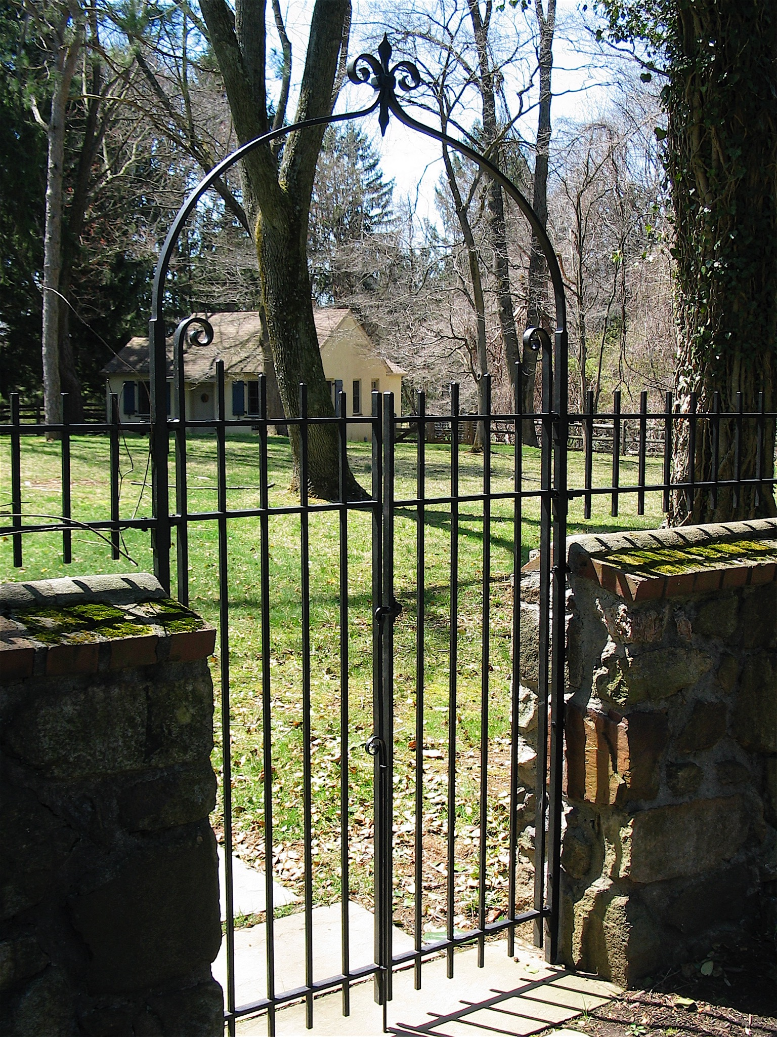 25. Simple Iron Gates and Arch