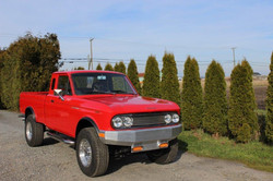 1968-Datsun-520-Pickup-Red-069