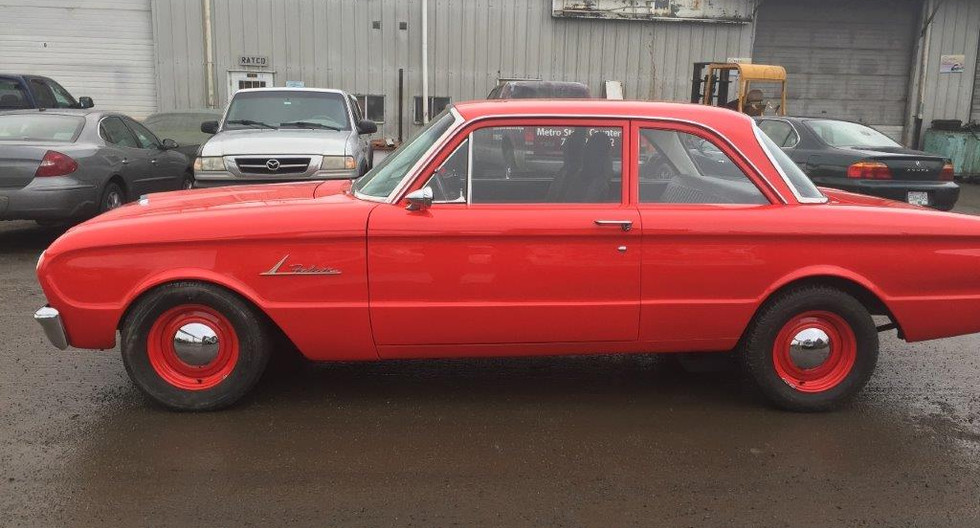 1962-Ford-Falcon-Red-127.jpg