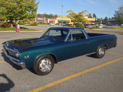 1967-Chevrolet-El-Camino-Green-047