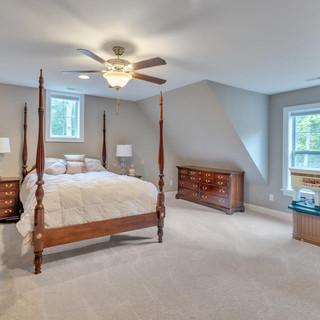Bedroom2_Lockhart.jpg