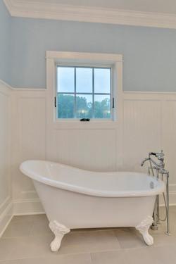Bathroom5_Hunt