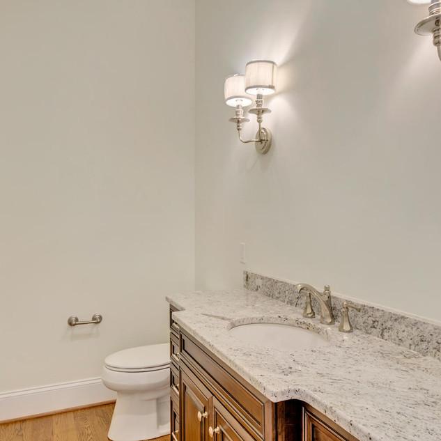 Bathroom5_Anderson.jpg