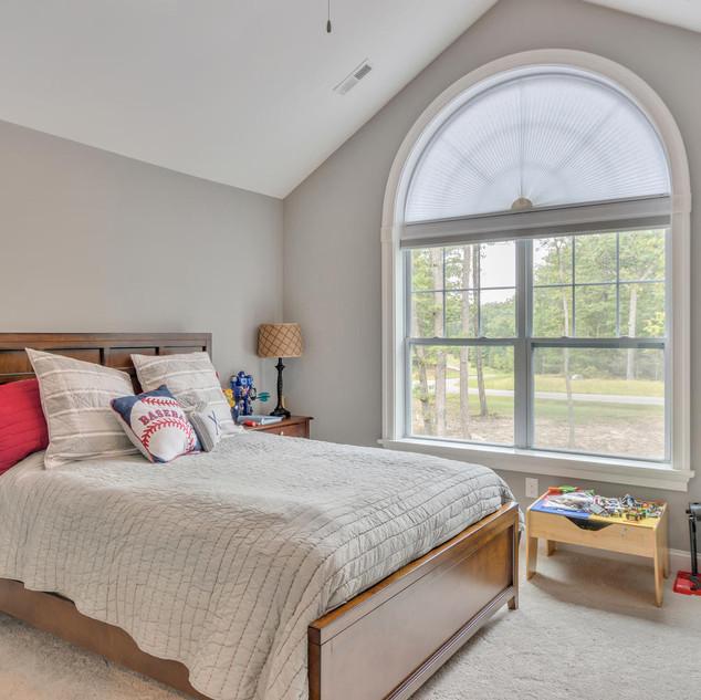Bedroom1_Lockhart.jpg